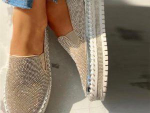 Women Casual Fashion Rhinestone Slip-on Sneakers